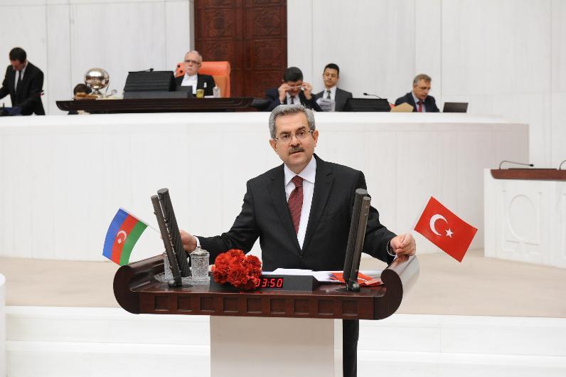 Türkiyəli deputat Azərbaycan xalqını təbrik edib