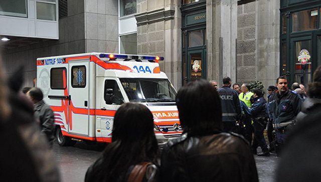 İsveçrədə tramvay yük maşını ilə toqquşub, 37 nəfər xəsarət alıb