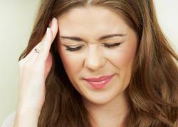 """Ramazanda baş ağrısını dərmansız yox etməyin <span class=""""color_red"""">ÜSULLARI</span>"""