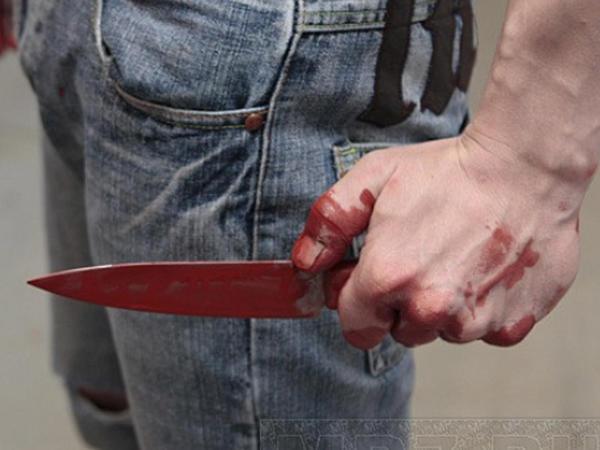 Mingəçevirli qadını Yevlaxda bıçaqladılar