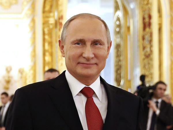 """Putin: """"Mən də kəşfiyatçı olmuşam və dosyelərin necə hazırlandığını bilirəm"""""""
