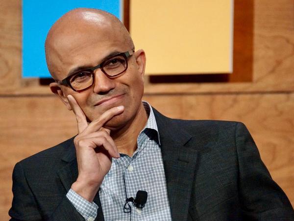 Microsoft-dan iPad-a qarşı açıqlama