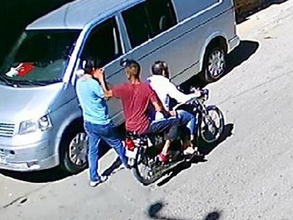 Bakıda motosikletçilər Yaponiya vətəndaşına qarşı soyğunçuluq etdi