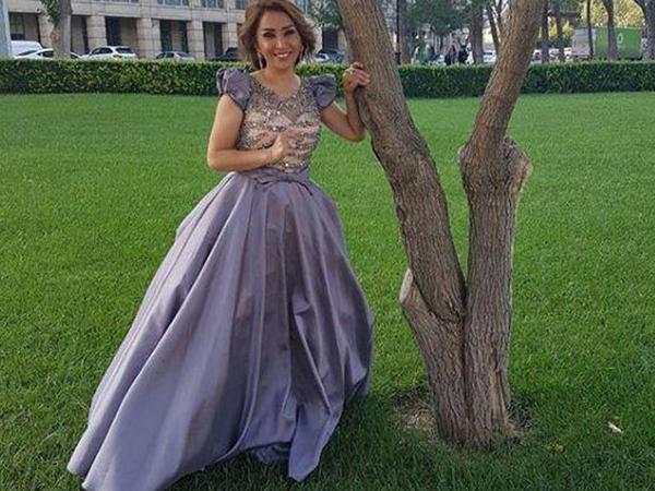 """""""Dünyaya qadın kimi baxa bilmirəm"""" - Elnarə Abdullayeva"""