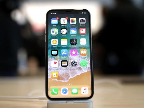 """""""iPhone X""""la bağlı 2 problem həll edildi"""