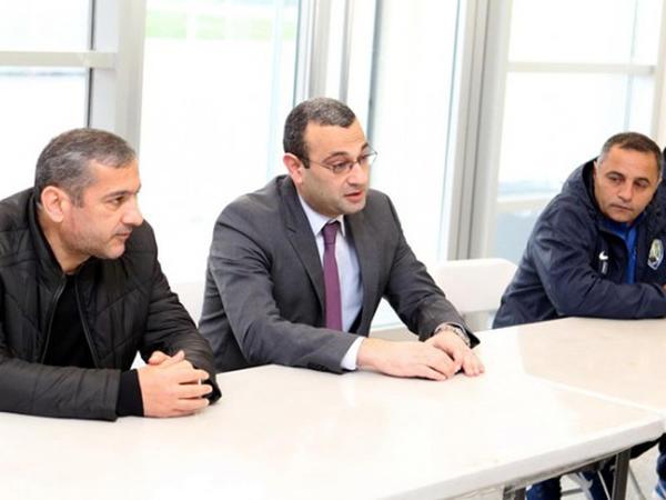 """""""Kəpəz""""in yeni baş məşqçisi komandaya təqdim edildi"""