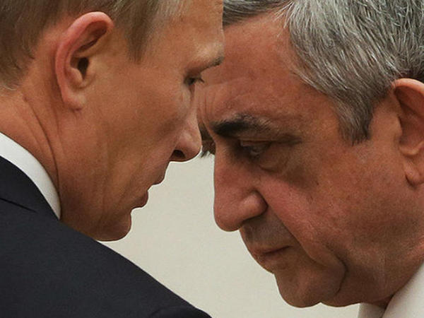 """Putin-Sarkisyan görüşü """"döyülmüş it"""" atmosferində keçib - VİDEO"""