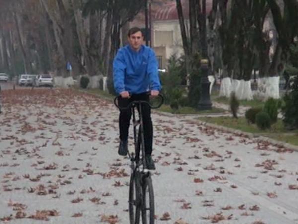 Azərbaycanda iki mərtəbəli velosiped hazırlanıb - VİDEO