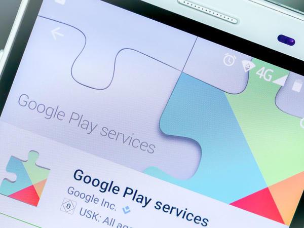 """Androidlər geolokasiya məlumatını özbaşına """"Google""""a ötürürmüş"""