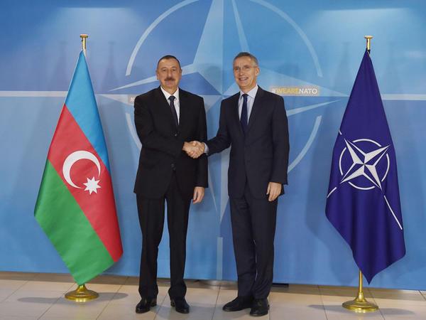 Prezident İlham Əliyev Brüsseldə NATO-nun  baş katibi Yens Stoltenberq ilə görüşüb - FOTO