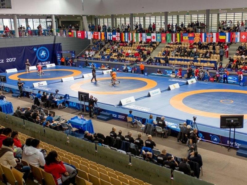 Güləşçilərimiz dünya çempionatında beş medal qazandılar