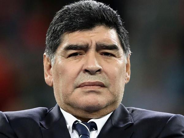 """Maradona Sampaolini günahlandırdı: """"Bu, biabırçılıqdır"""""""