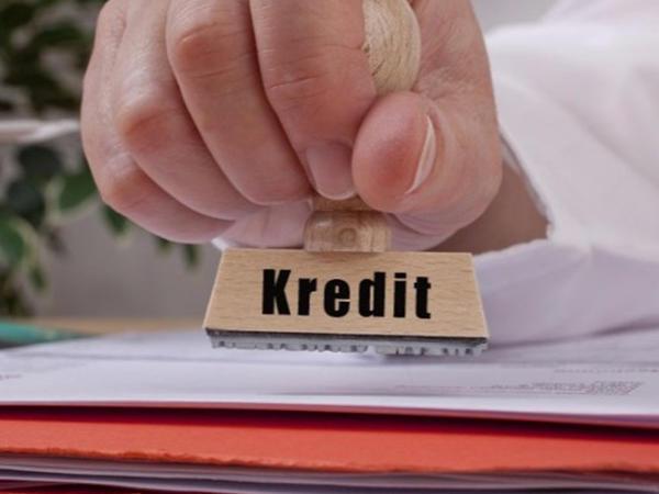 Çoxlu kredit götürdüyü üçün valideyndən küsmək olarmı?