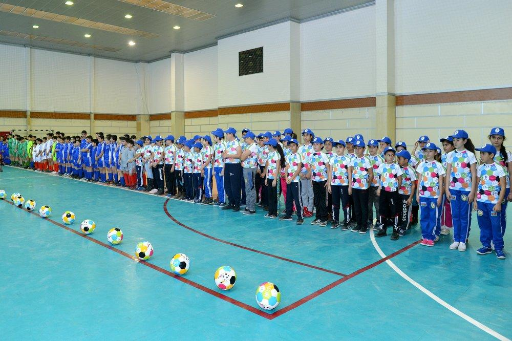 Naxçıvanda futbol məktəbi açıldı -
