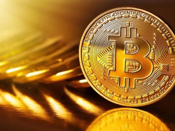 Bitkoinin qiyməti düşməkdə davam edir