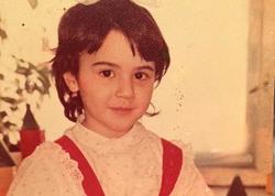 Oksana uşaqlıq illərinə qayıtdı - FOTO
