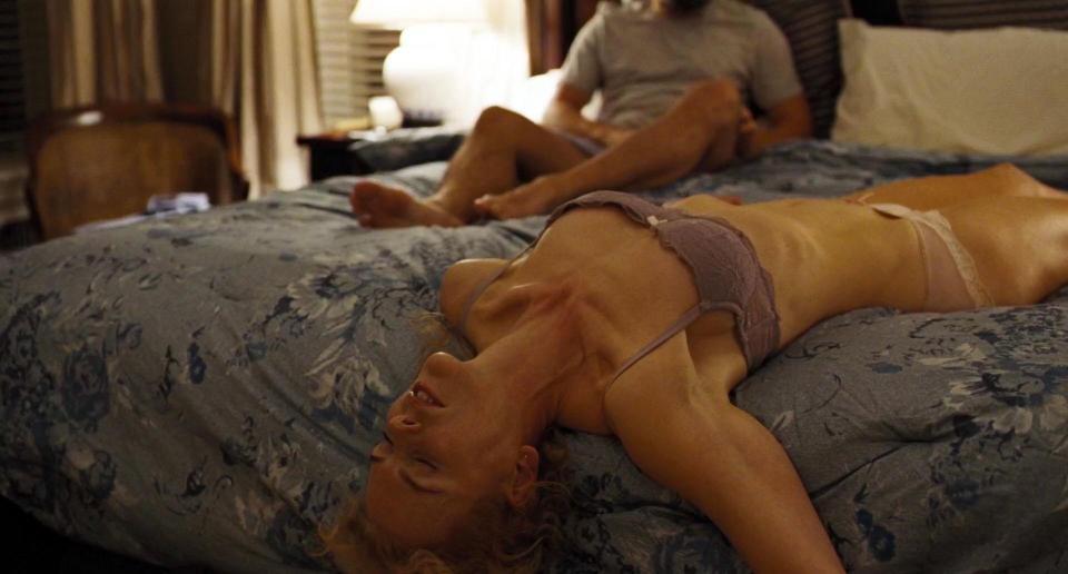 50 yaşlı Nikol Kidman yataq səhnələrinə çəkildi - FOTO
