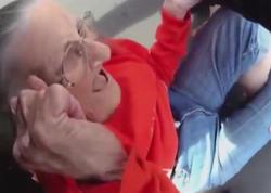Polislər 93 yaşlı qadını sürüdülər - VİDEO - FOTO