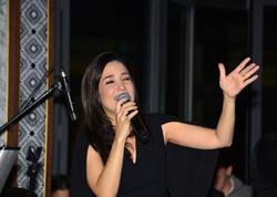 """Mərhum müğənninin xanımı nişanlandı - """"Ürəyim Kayahanla doludur"""" deyirdi - FOTO"""