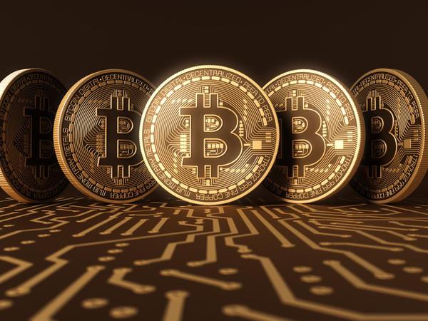 """Bank of America: Bitcoin bütün köpüklərin """"Anası""""dır"""