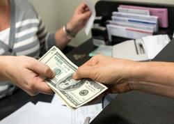 Bankların sağlamlaşdırılması və əmanətlərin qaytarılması ilə bağlı təkliflər var