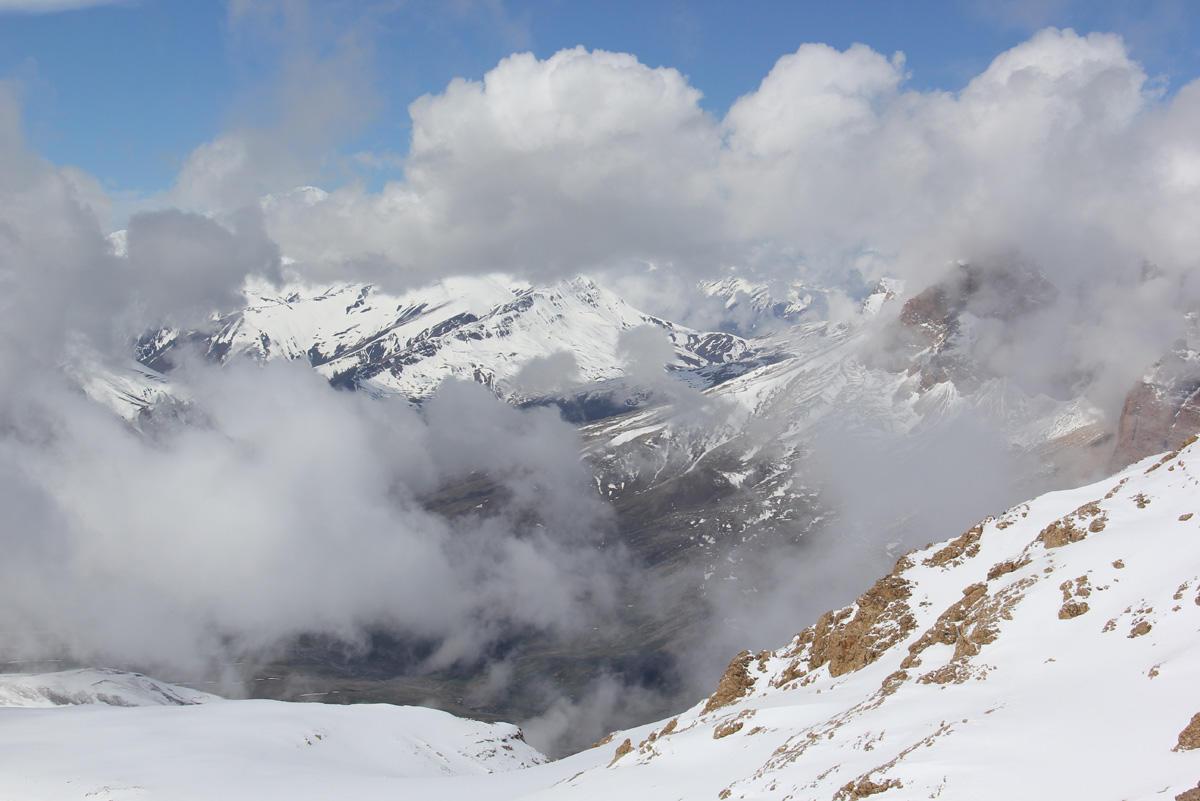 Alpinistlərin axtarışına dağ-xilasetmə dəstəsi cəlb olunacaq