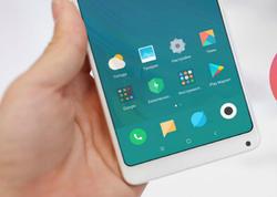 """Google şirkəti 2 yeni smartfon təqdim edə bilər - <span class=""""color_red"""">Gələn ilin əvvəlində </span>"""
