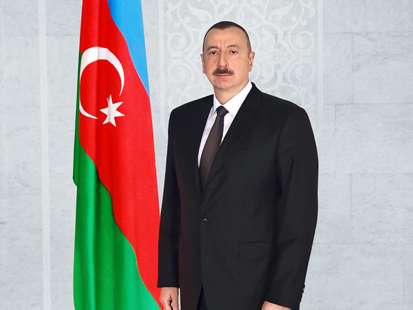 """Prezident İlham Əliyev mədəniyyət xadimlərini """"Tərəqqi"""" medalı ilə təltif edib"""