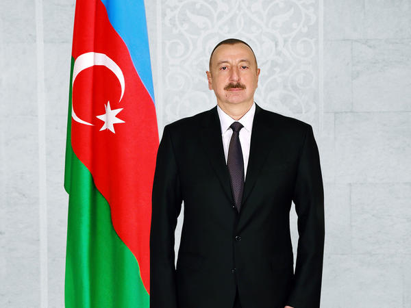 Prezident İlham Əliyev Milli Məclisdə Azərbaycan parlamentinin 100 illiyi münasibətilə təntənəli iclasda iştirak edir