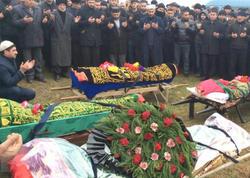 """Erməninin öldürdüyü beş azərbaycanlı gənc <span class=""""color_red"""">dəfn olundu - FOTO</span>"""