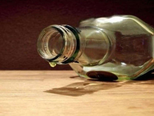 Şamaxıda 18 yaşlı qız xlor içib