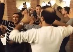 Azərbaycanlı müştərilər erməniləri restorana gəldiklərinə peşman etdilər - FOTO