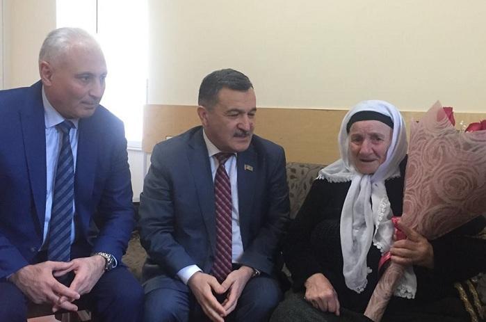 """Goranboyda tapılan çeçen qadın: """"Azərbaycana İrandan gəlmişəm"""" - FOTO"""
