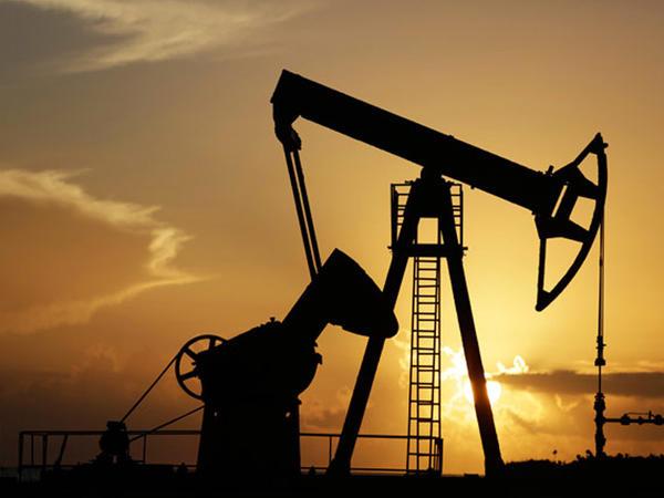 """""""Brent"""" markalı neftin qiyməti 57 dollardan aşağı düşüb"""