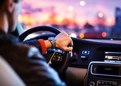Azərbaycanda sürücü onun maşınını vuran digər avtomobilin sürücüsünü qətlə yetirib