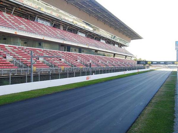 Barselonada yarışlar üçün yeni asfalt örtüyü çəkilir
