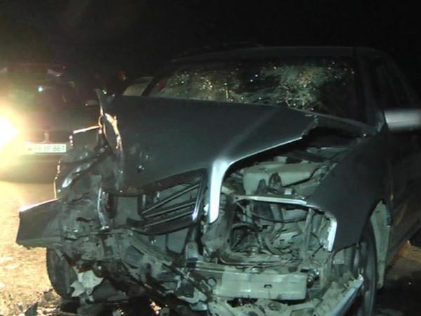 Merсedes və KamAZ toqquşdu: sürücü ağır yaralandı - FOTO