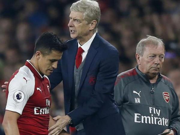 """""""Arsenal""""ın baş məşqçisi hörmətsizlikdə ittiham olundu"""