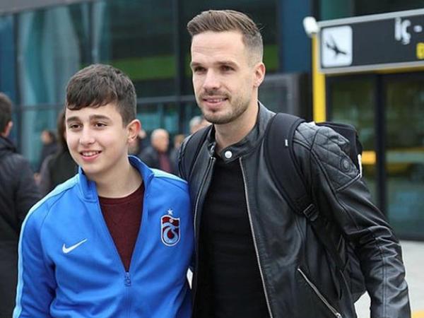 """""""Trabzonspor"""" çexiyalı müdafiəçi transfer edib"""