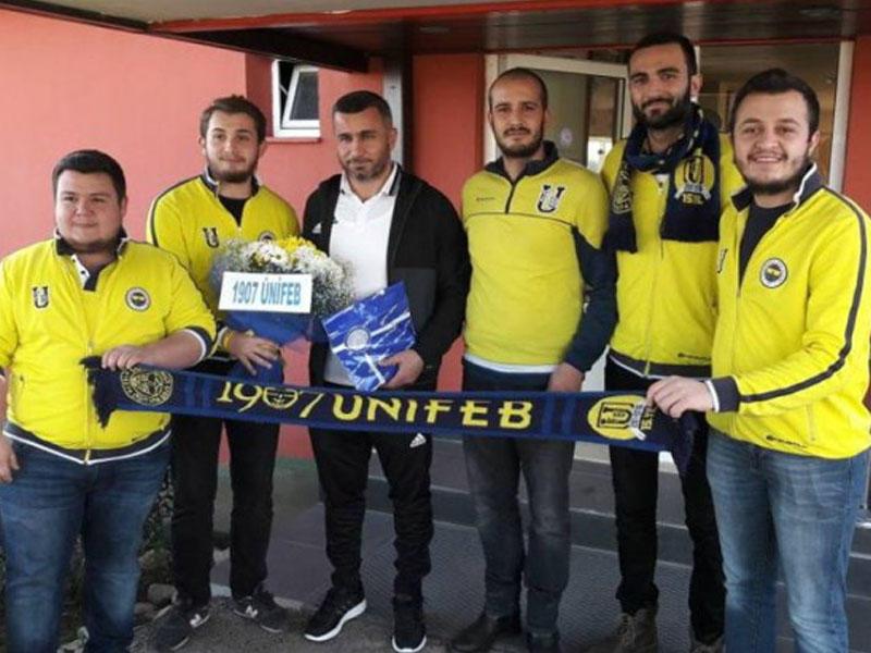 İstanbul klubunun azarkeşləri