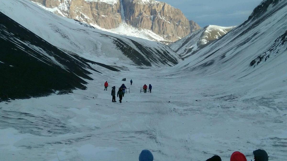 Axtarışlarda iştirak edən alpinist: