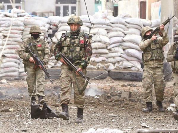 Türkiyə ordusu şəhidlərinin qisasını aldı - 7 terrorçu məhv edildi