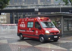 """Braziliyada avtobus yük maşını ilə toqquşub: <span class=""""color_red"""">7 ölü, 20 yaralı</span>"""