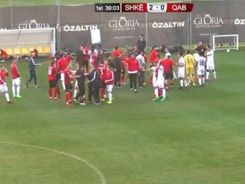 Yenə Azərbaycan klubu, yenə dava -