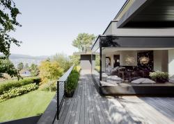 Sürix gölündə villa - FOTO