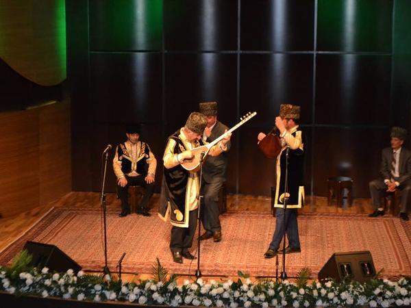 """""""Aşıq Ələsgərin saz-söz dünyası""""adlı konsert keçirilib - FOTO"""