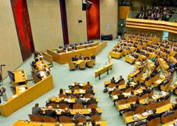 """Hollandiya qondarma """"erməni soyqırımı""""nı tanıdı"""