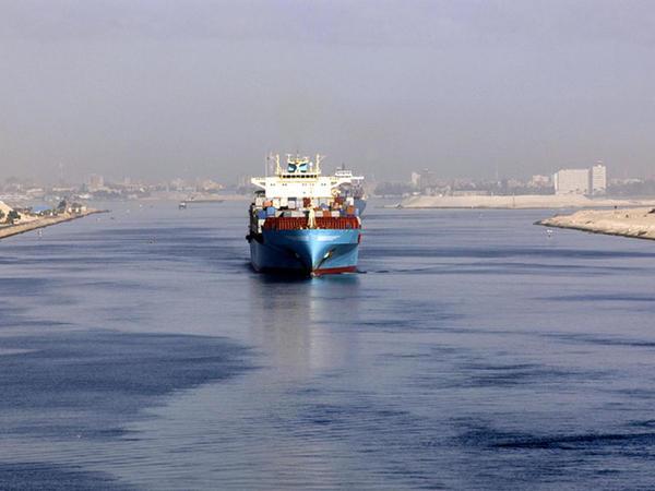 Azərbaycan investisiyaları və Misirin Süveyş kanalı