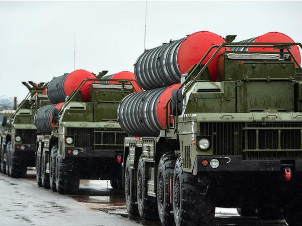 ABŞ Rusiya ilə böyük hərbi sazişlər bağlayan ölkələri hədələyib