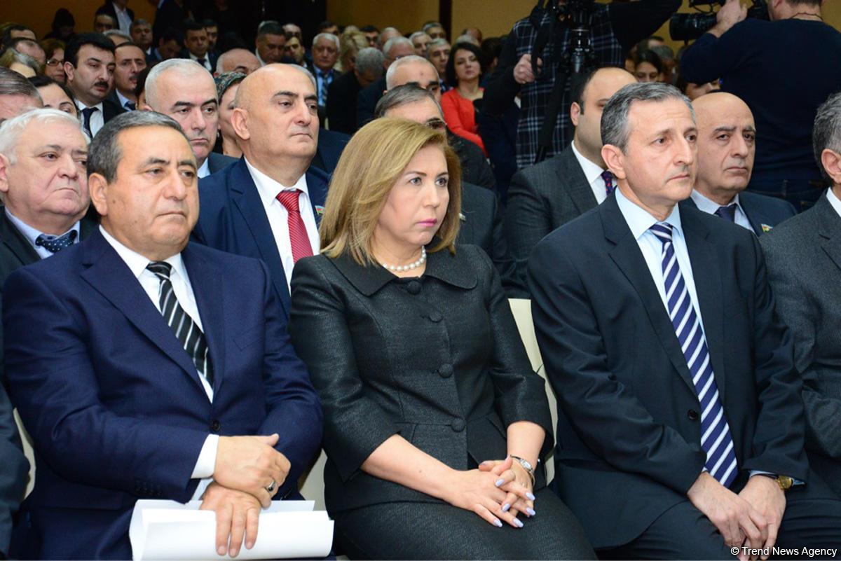 """""""Xocalı şahidləri danışır"""" kitabının təqdimatı keçirilib - FOTO"""